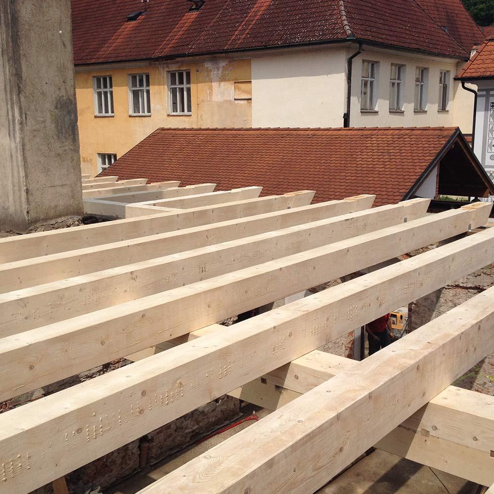 rekonstrukce-strechy-nove-krovy-drevene